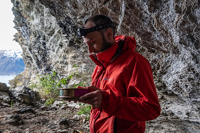 Dr Jamie Wood searches for coprolites on a Manaaki Whenua field trip near Lake Wakatipu, Mt Nicholas Station.  Funded by the Marsden Fund.  Team headed by Dr Janet Wilmshurst, Palaeoecology Lab Leader from the Ecosystems & Global Change team.