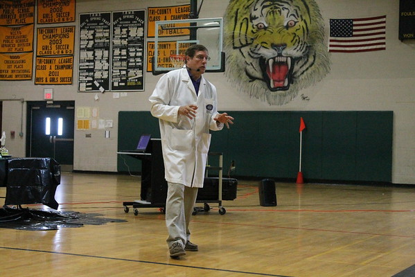 """Mad Science"" at TRMS"