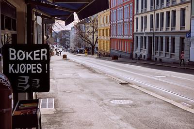 Bøker kjøpes i Thereses gate