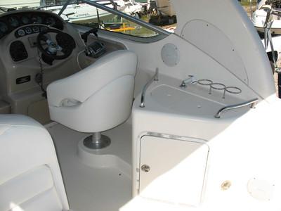 2001 Sea Ray Sundancer 280 - YachtSalesInternational com