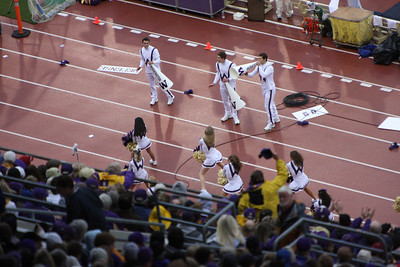 UW cheerleaders