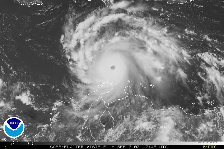 IMG_1055.jpg<br /> Cruising Aruba.<br /> Hurricane Felix passing the ABC islands.