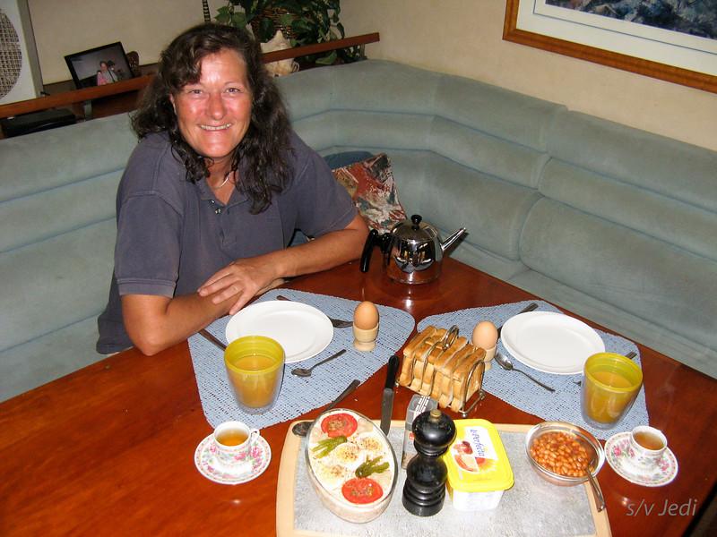IMG_1428.JPG<br /> Josie's birthday.<br /> Look at the great birthday breakfast Nick made for Josie