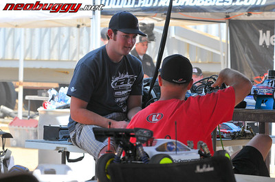 Two World Champs having a chat 2009 Rd 3 JBRL