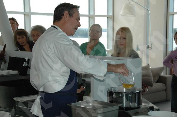 Famed Chef Thomas Keller Cooks Up a Storm: September 23, 2010
