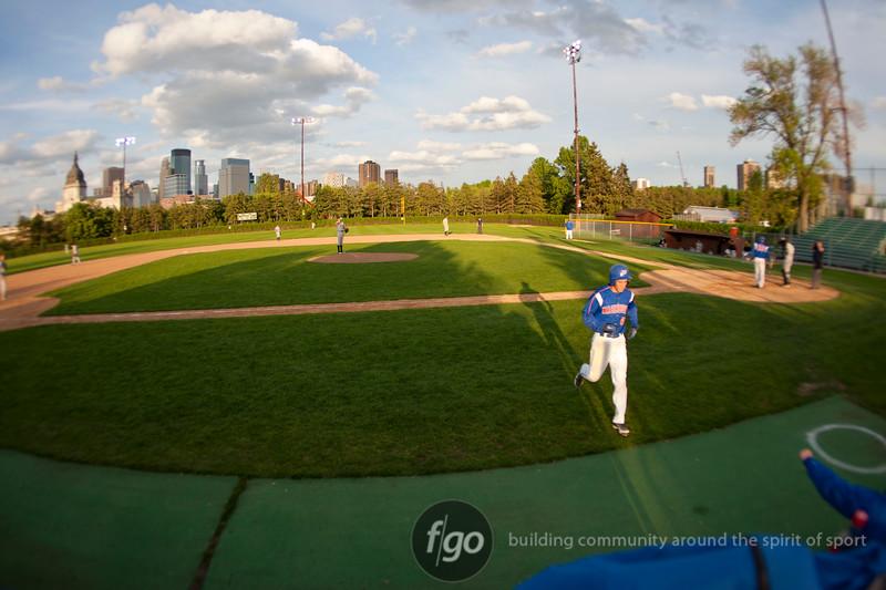 1R3X6746-20120502-Como Park v Minneapolis Baseball-0015