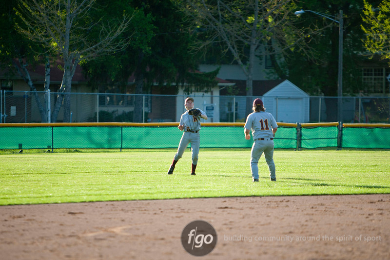 1R3X6974-20120509-Minneapolis Roosevelt v Patrick Henry Baseball-0025