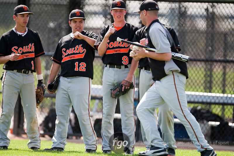 1R3X7295-20120514-South v Southwest Baseball-0003