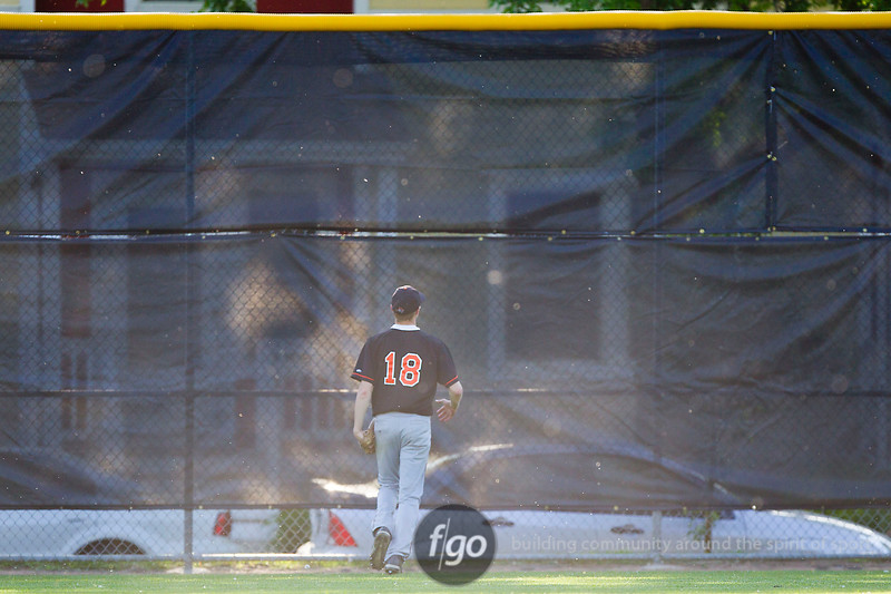 CS7G0404-20120516-Washburn v South Baseball-0200cr