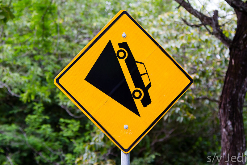 Warning sign steep slope - Maybe the slope is too steep!