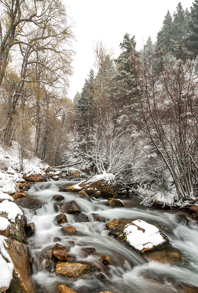 A river in a canyon_Utah_photo by Gabe DeWitt_November 03, 2013-1