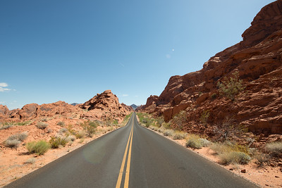 Valley-of-Fire-Nevada-photo-by-Gabe-DeWitt-1