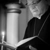 Տէր Հայր՝ գիրքի իմաստութիւն, մոմի լոյս, սիւնակի զօրութիւն: