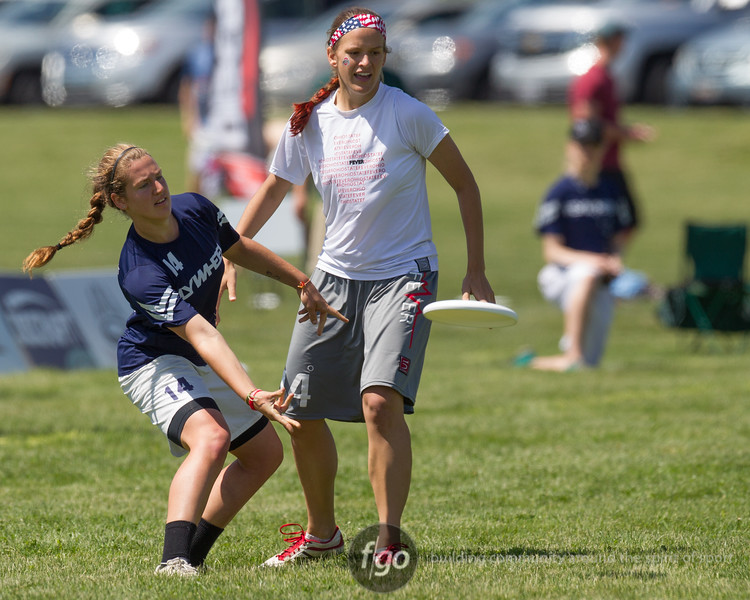 USA Ultimate D1 College Championships in Mason, Ohio - Day 1 - Michigan Flywheel v Ohio State Fever