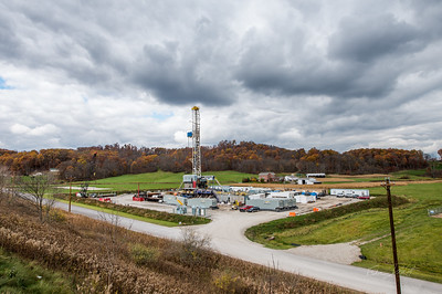 Hydraulic Fracturing_OH_photos by Gabe DeWitt_October 30, 2014-5