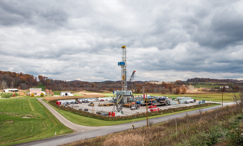 Hydraulic Fracturing_OH_photos by Gabe DeWitt_October 30, 2014-1