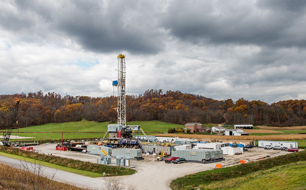 Hydraulic Fracturing_OH_photos by Gabe DeWitt_October 30, 2014-6-2
