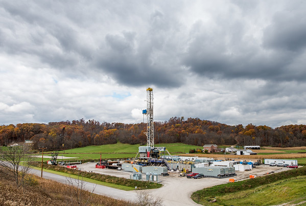 Hydraulic Fracturing_OH_photos by Gabe DeWitt_October 30, 2014-6