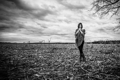 Tara Smith_Tree in a field_West Virginia_photos by Gabe DeWitt_November 30, 2014-59-3