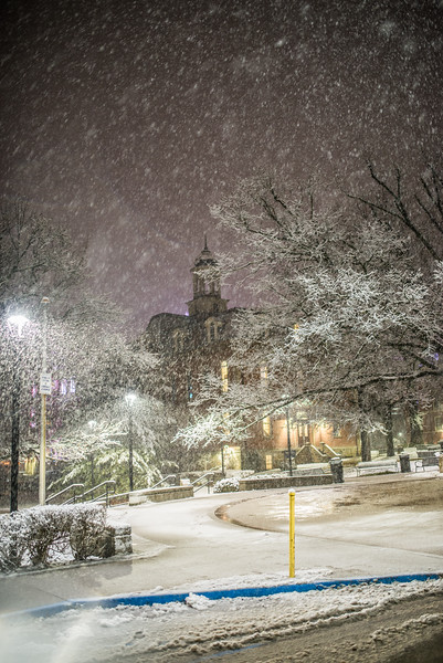 Snow Day_Morgantown_West Virginia_photo by Gabe DeWitt_March 05, 2015-559