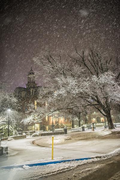 Snow Day_Morgantown_West Virginia_photo by Gabe DeWitt_March 05, 2015-558