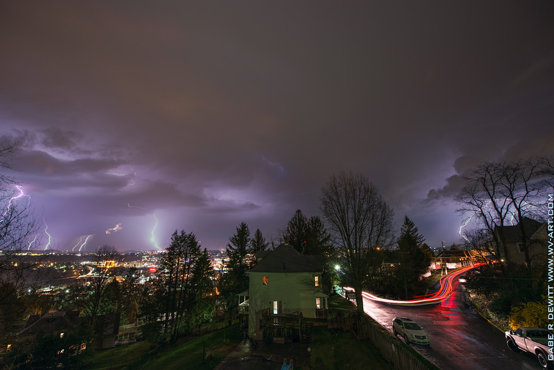 Lightning_Morgantown_WV_photo_by_Gabe DeWitt_April 09, 2015_18-2