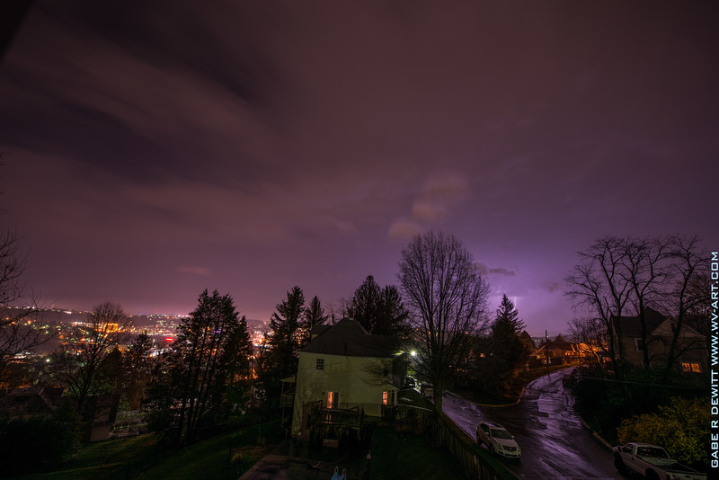 Lightning_Morgantown_WV_photo_by_Gabe DeWitt_April 10, 2015_22