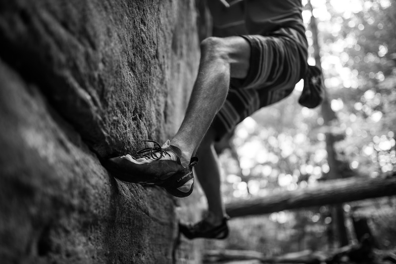 Dylan-Jones-Bouldering-Coopers-Rock-WV_August_25_2015_12