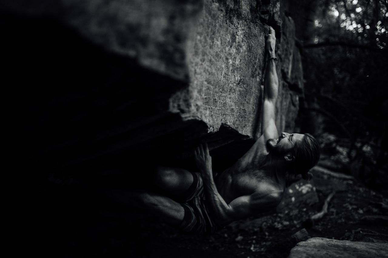 Dylan-Jones-Bouldering-Coopers-Rock-WV_August_25_2015_79
