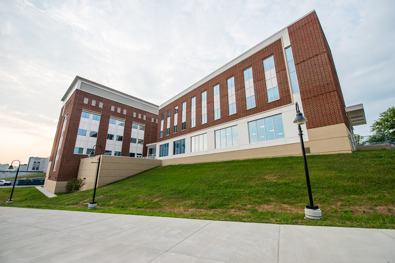 Kalkreuth-Advanced-Engineering-Research-Building-Morgantown-WV-13