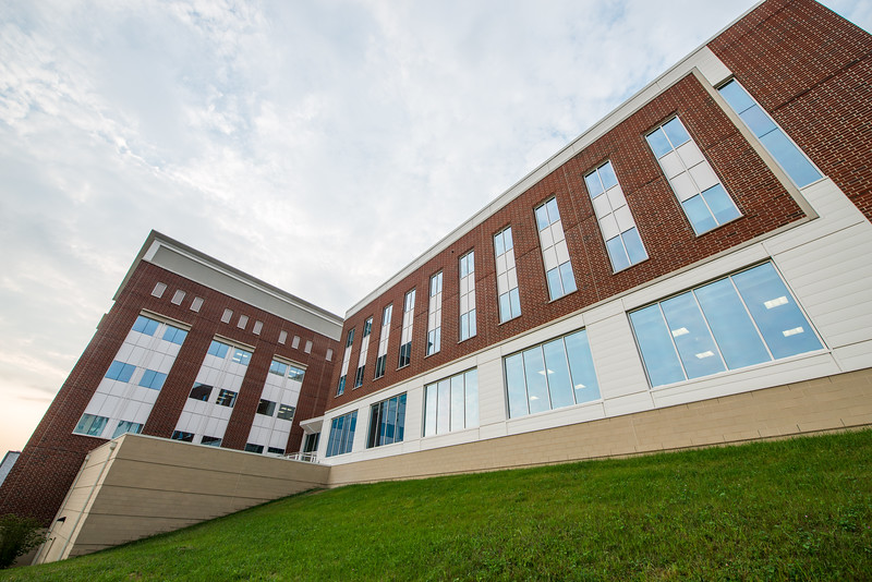 Kalkreuth-Advanced-Engineering-Research-Building-Morgantown-WV-19