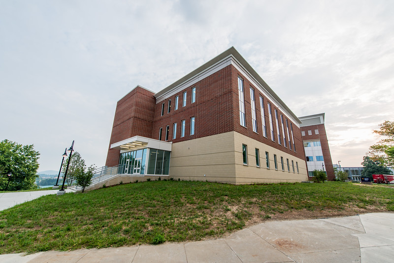 Kalkreuth-Advanced-Engineering-Research-Building-Morgantown-WV-42