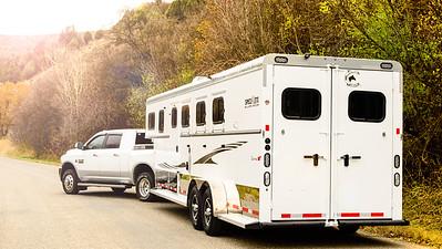 2017 Trails West Sierra GN 3 Horse Trailer-31-Edit