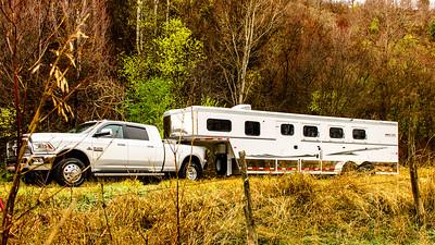 2017 Trails West Sierra GN 3 Horse Trailer-39-Edit