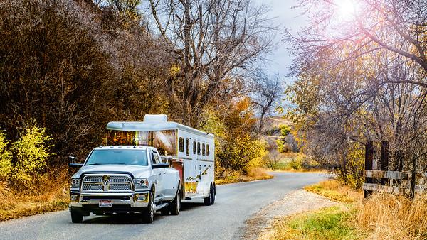 2017 Trails West Sierra GN 3 Horse Trailer-9-Edit