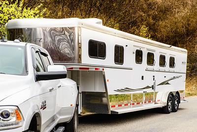 2017 Trails West Sierra GN 3 Horse Trailer-15
