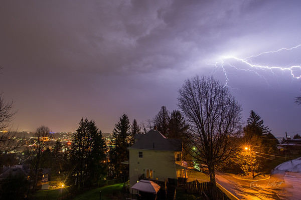 Lightning-over-Morgantown-WV-2016-2