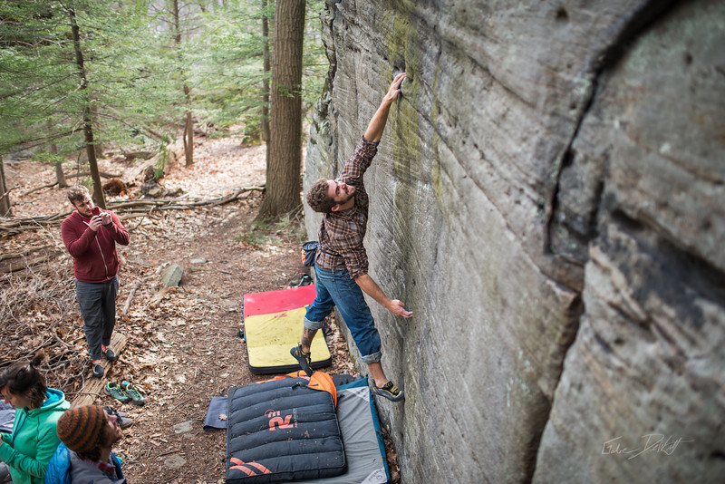 Mountaineer's-Route-bouldering-Coopers-Rock-WV-51