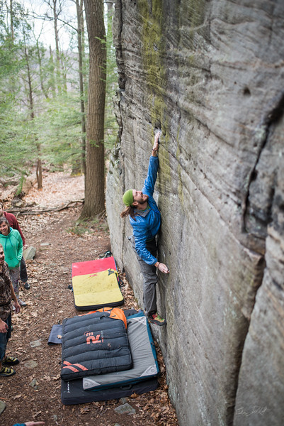 Mountaineer's-Route-bouldering-Coopers-Rock-WV-36