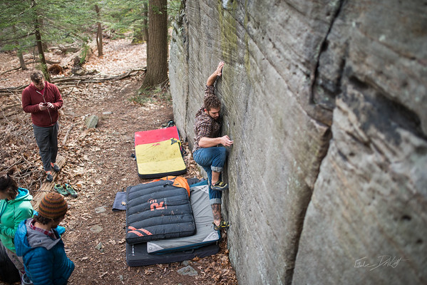 Mountaineer's-Route-bouldering-Coopers-Rock-WV-44