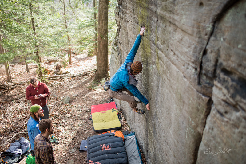 Mountaineer's-Route-bouldering-Coopers-Rock-WV-59