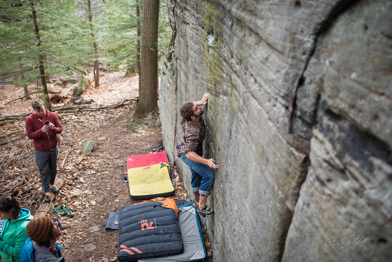 Mountaineer's-Route-bouldering-Coopers-Rock-WV-48