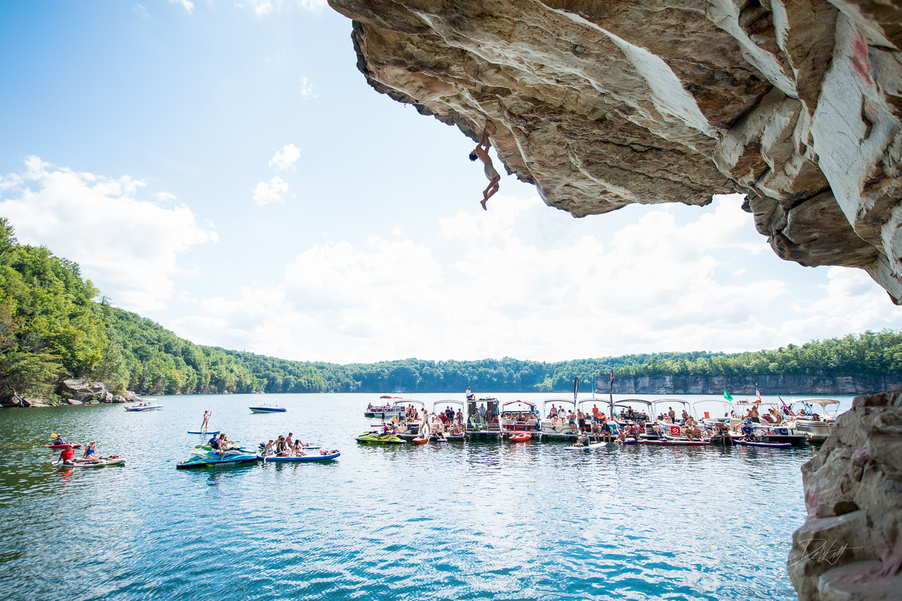 Deep; Water; Soloing; PSICOBLOC; 2016; Summersville; Lake; West; Virginia; Photo; Gabe; DeWitt; 1856; DWS; Deep Water Soloing; Deepwater soloing; PSICOROC; Places; Psicocomp; Roks; Sand Stone; Summer; WV; West Virginia; climbing; photo by Gabe DeWitt; summersville lake