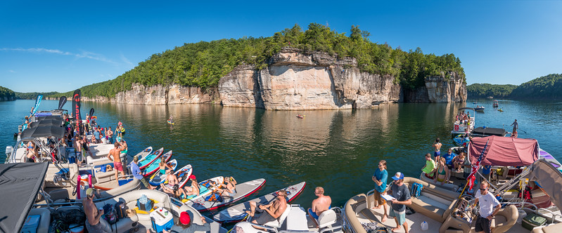 Deep-Water-Soloing-PSICOBLOC-2016-Summersville-Lake-West-Virginia-Photo-by-Gabe-DeWitt-371-Pano-Edit