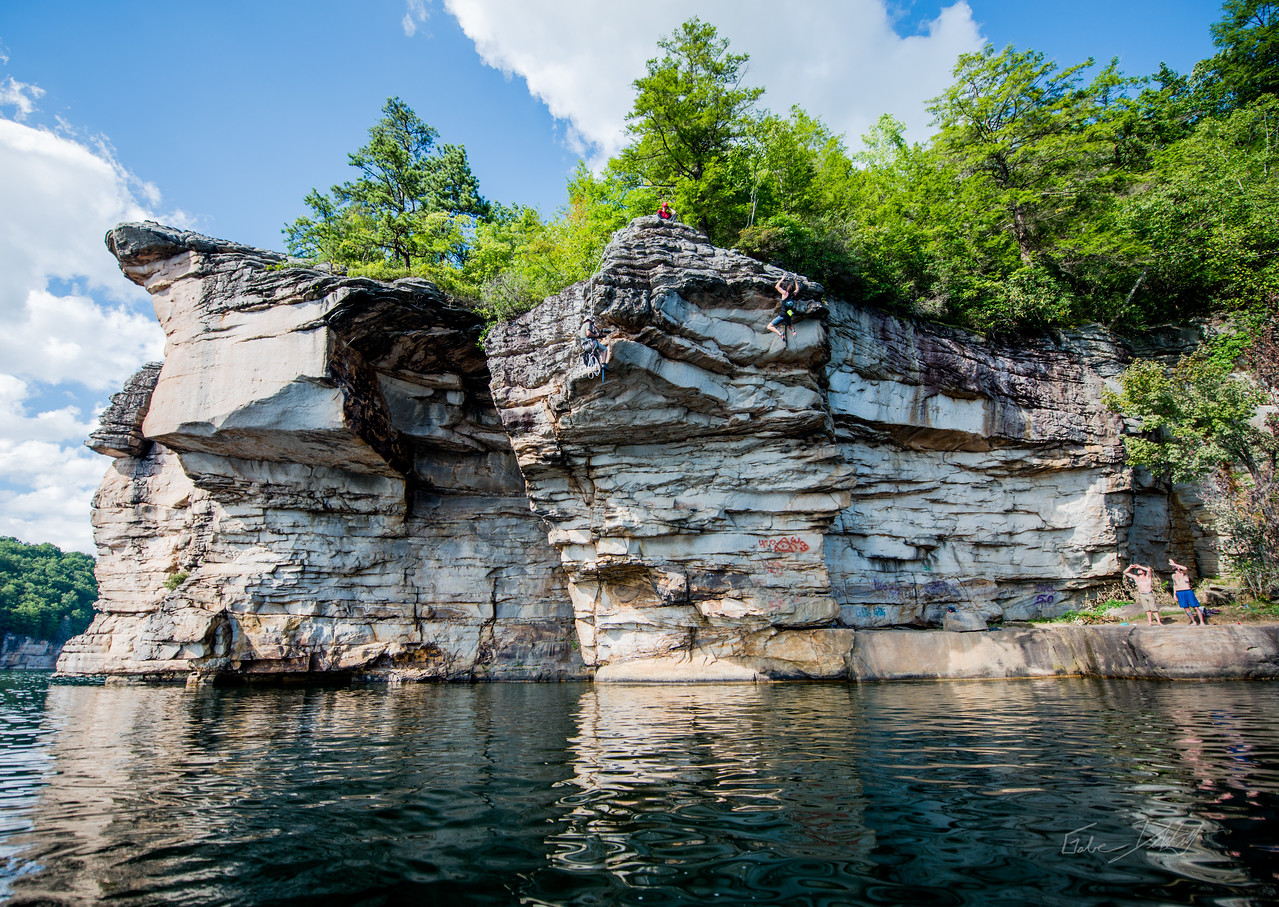 Deep; Water; Soloing; PSICOBLOC; 2016; Summersville; Lake; West; Virginia; Photo; Gabe; DeWitt; 2319; DWS; Deep Water Soloing; Deepwater soloing; PSICOROC; Places; Psicocomp; Roks; Sand Stone; Summer; WV; West Virginia; climbing; photo by Gabe DeWitt; summersville lake