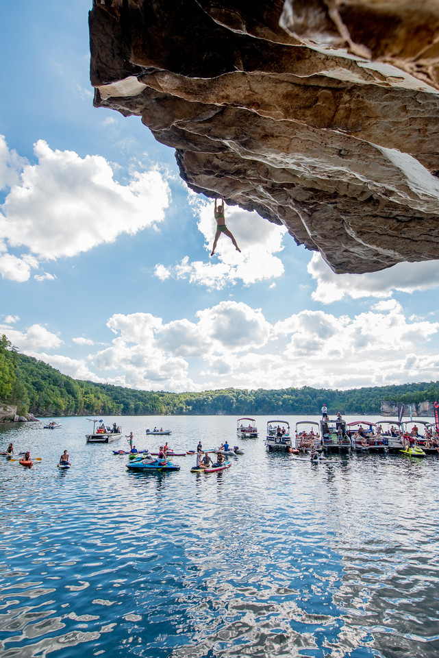 Deep; Water; Soloing; PSICOBLOC; 2016; Summersville; Lake; West; Virginia; Photo; Gabe; DeWitt; 2165; DWS; Deep Water Soloing; Deepwater soloing; PSICOROC; Places; Psicocomp; Roks; Sand Stone; Summer; WV; West Virginia; climbing; photo by Gabe DeWitt; summersville lake