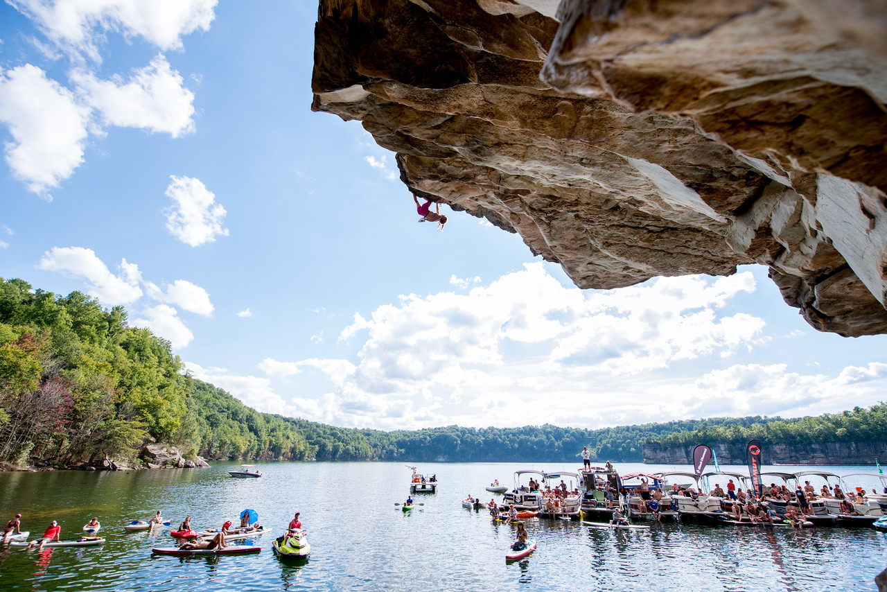 Inge; Perkins; Deep; Water; Soloing; PSICOBLOC; 2016; Summersville; Lake; West; Virginia; Photo; Gabe; DeWitt; DWS; Deep Water Soloing; Deepwater soloing; Inge Perkins; PSICOROC; Places; Psicocomp; Roks; Sand Stone; Summer; WV; West Virginia; climbing; photo by Gabe DeWitt; summersville lake