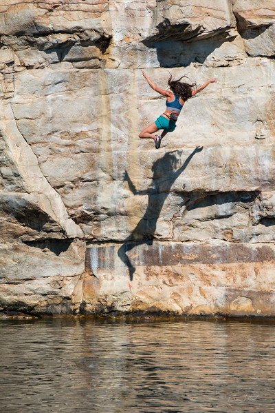 Deep-Water-Soloing-PSICOBLOC-2016-Summersville-Lake-West-Virginia-Photo-by-Gabe-DeWitt-460