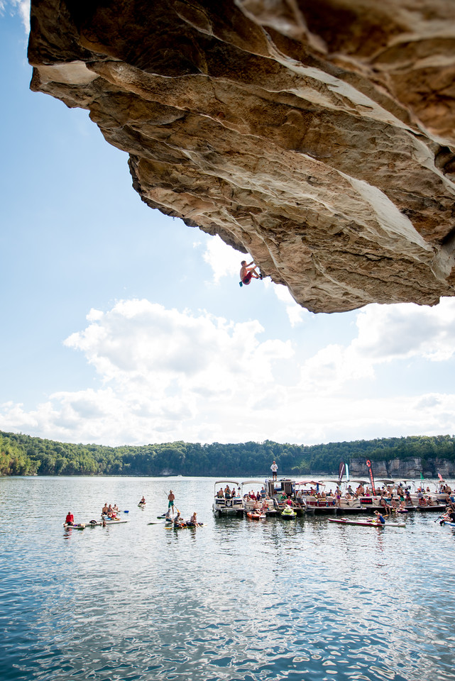 Deep; Water; Soloing; PSICOBLOC; 2016; Summersville; Lake; West; Virginia; Photo; Gabe; DeWitt; 2283; DWS; Deep Water Soloing; Deepwater soloing; Dru Mack; PSICOROC; Places; Psicocomp; Roks; Sand Stone; Summer; WV; West Virginia; climbing; photo by Gabe DeWitt; summersville lake