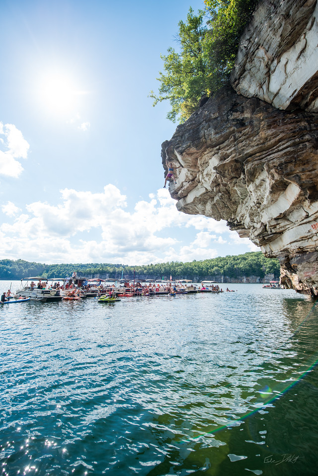 Deep; Water; Soloing; PSICOBLOC; 2016; Summersville; Lake; West; Virginia; Photo; Gabe; DeWitt; 1916; Alex Johnson; DWS; Deep Water Soloing; Deepwater soloing; PSICOROC; People; Places; Psicocomp; Roks; Sand Stone; Summer; WV; West Virginia; climbing; friends of adventure; photo by Gabe DeWitt; summersville lake